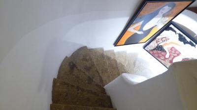 Escalier pour le Premier étage / Atelier
